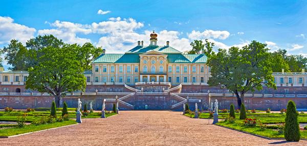 Дворцово-парковый ансамбль в Ораниенбауме (Ломоносове), Россия / Большой Меньшиковский дворец