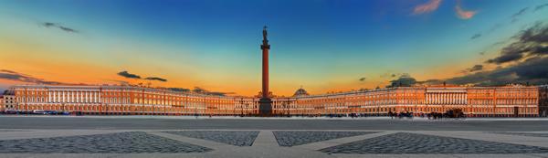 """""""Александрийский столп"""" (Александровская колонна) - символ победы над Наполеоном в Санкт-Петербурге"""